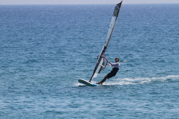 2 25.04.16 hollandec.com windsurfing